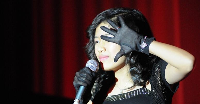 Canto Pop | Loretta Martinez